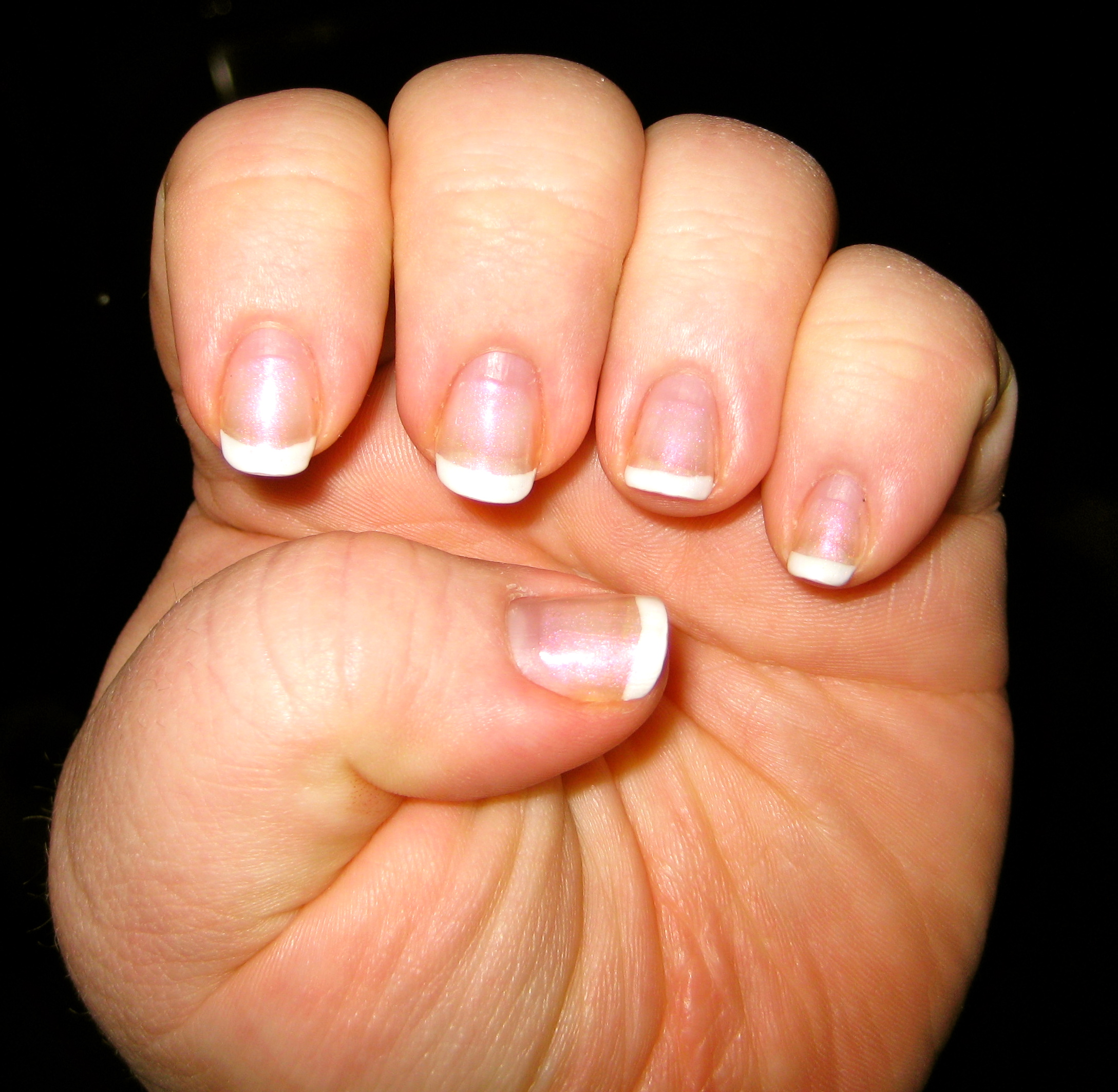 Home » Are Shellac Nails Unhealthy